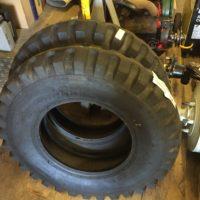 neue Reifen für Hinterachse